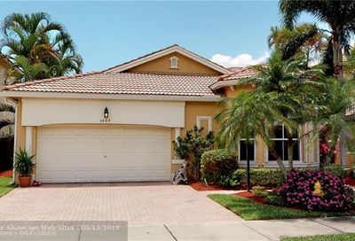 5884 NW 120th Ter Coral Springs FL 33076