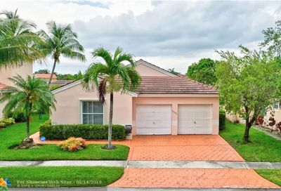 18501 NW 19th St Pembroke Pines FL 33029