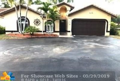 2300 NW 97th Ln Coral Springs FL 33065