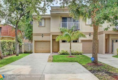 4270 NW 114th Ter Coral Springs FL 33065