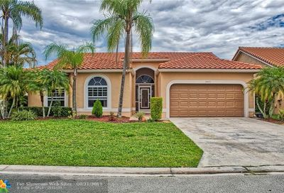 6045 NW 72nd Ct Parkland FL 33067