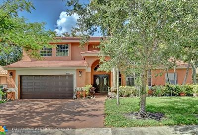 4340 NW 53rd Ct Coconut Creek FL 33073