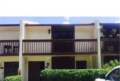 880 NW 47th Street Deerfield Beach FL 33064