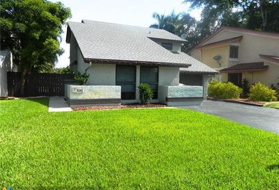 8341 SW 39th Ct Davie FL 33328