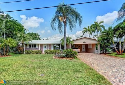 3961 NE 16th Ter Oakland Park FL 33334