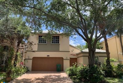 5351 NW 106th Dr Coral Springs FL 33076