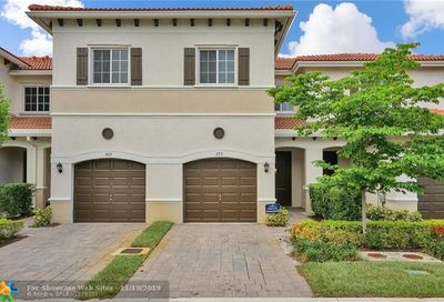 373 NE 47th Pl Pompano Beach FL 33064