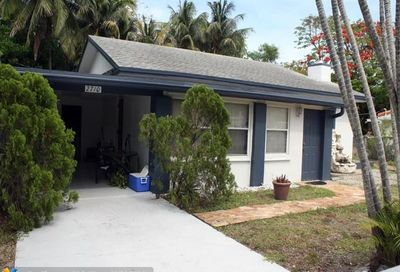 2710 NE 6th Ln Wilton Manors FL 33334