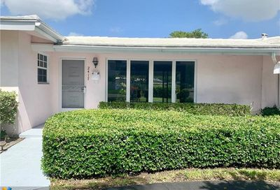 2417 Bayview Dr Fort Lauderdale FL 33305
