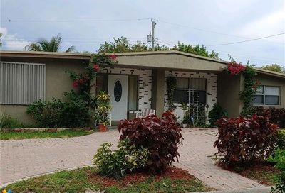 4421 NE 2nd Ter Pompano Beach FL 33064