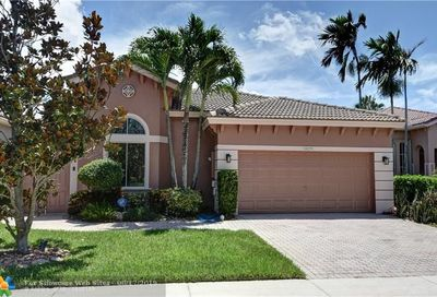 5879 NW 124th Way Coral Springs FL 33076