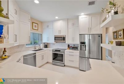 5656 NW 127th Ter Coral Springs FL 33076