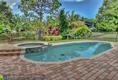 10911 NW 13th Ct Coral Springs FL 33071