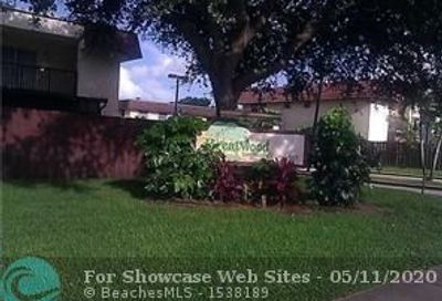 4137 SW 66th Way Davie FL 33314