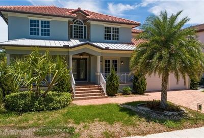 2401 NE 48th Ct Lighthouse Point FL 33064