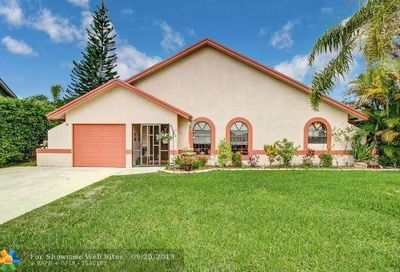 22682 Pickerel Cir Boca Raton FL 33428