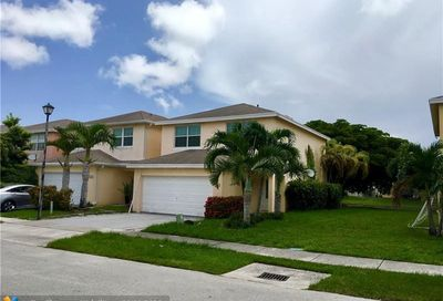 4046 Eastridge Dr Pompano Beach FL 33064