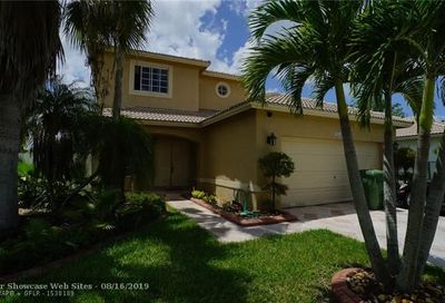 20565 SW 2nd St Pembroke Pines FL 33029
