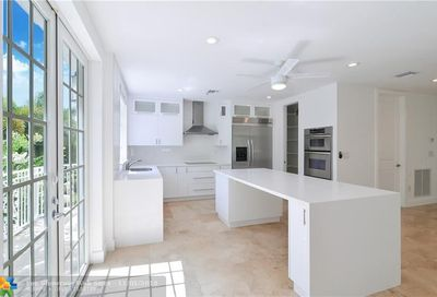 77 Isle Of Venice Dr Fort Lauderdale FL 33301