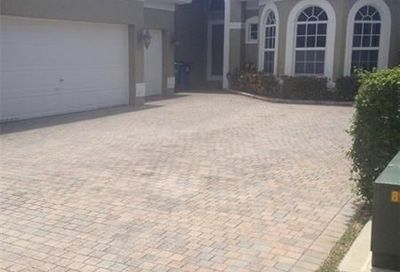 5842 NW 126th Ter Coral Springs FL 33076