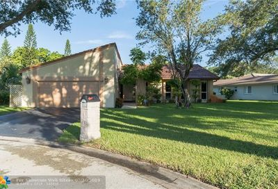 108 SW 89th Way Coral Springs FL 33071
