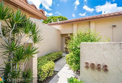 3068 Deer Creek Lake Shore Dr Deerfield Beach FL 33442