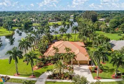 10770 SW 38th Dr Davie FL 33328
