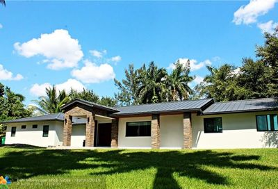 2700 SW 116th Ave Davie FL 33330