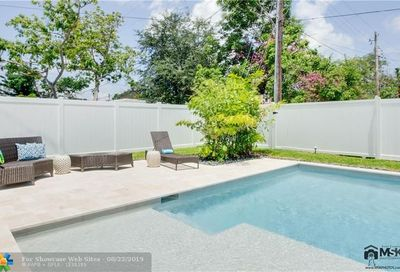 2012 SW 4th Ave Fort Lauderdale FL 33315
