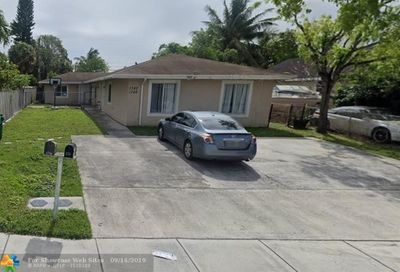1782 SW 44th Ter Fort Lauderdale FL 33317