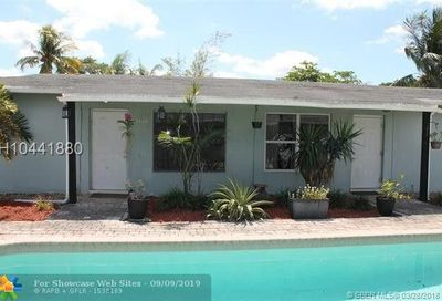 2427 NW 9th Ter Wilton Manors FL 33311