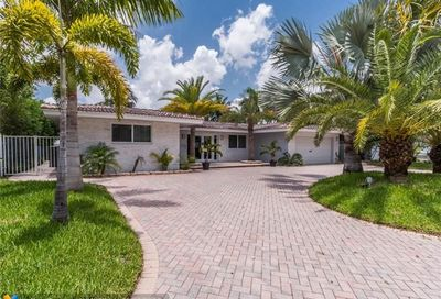 5301 Bayview Dr Fort Lauderdale FL 33308