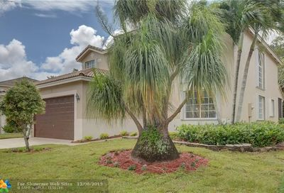 5532 Lake Tern Ct Coconut Creek FL 33073