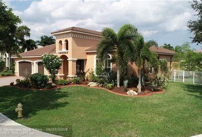 4884 Hibbs Grove Way Cooper City FL 33330