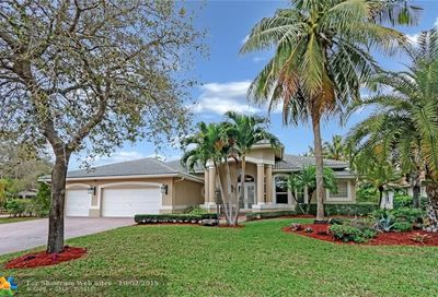10665 NW 68th Court Parkland FL 33076