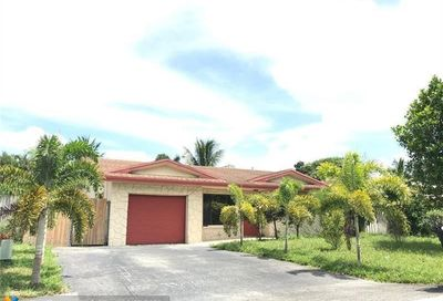 6824 NW 33rd Terr Fort Lauderdale FL 33309