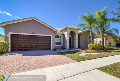 12958 NW 18th Ct Pembroke Pines FL 33028