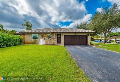 699 NW 82nd Ter Coral Springs FL 33071