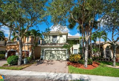 5878 NW 125th Ter Coral Springs FL 33076
