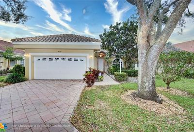 5037 NW 95th Dr Coral Springs FL 33076