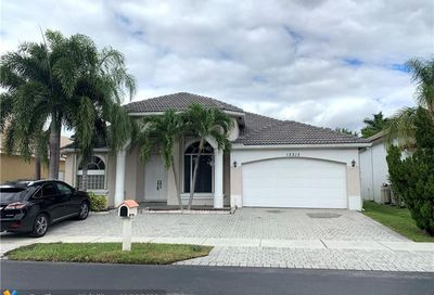 12313 NW 26th St Coral Springs FL 33065