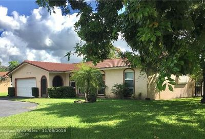 1049 NW 84th Dr Coral Springs FL 33071