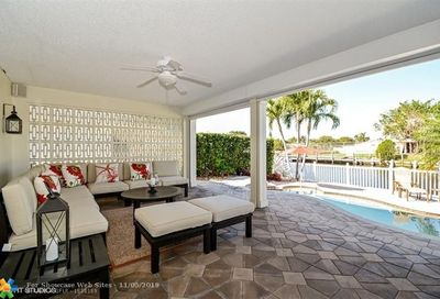 5611 Bayview Dr Fort Lauderdale FL 33308