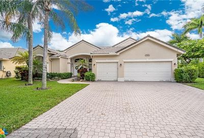 5086 NW 57th Way Coral Springs FL 33067