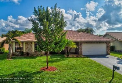5327 NW 65th Ter Coral Springs FL 33067