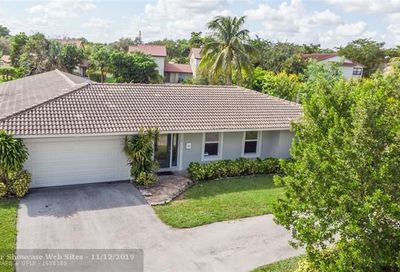 4110 NW 103rd Dr Coral Springs FL 33065