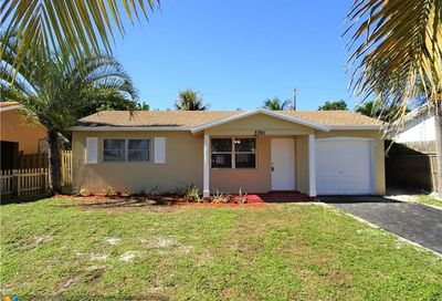 3761 NE 12th Ter Pompano Beach FL 33064
