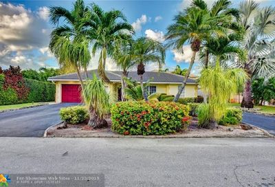 1681 SE 4th Ct Deerfield Beach FL 33441