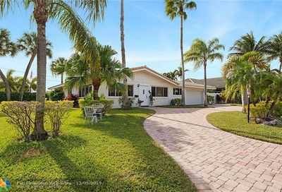 2850 NE 52nd Ct Lighthouse Point FL 33064
