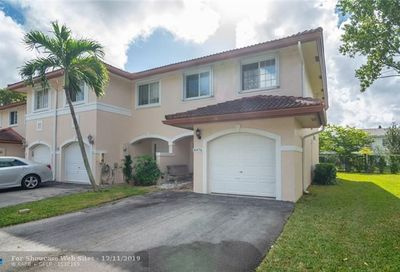 8976 NW 38th Dr Coral Springs FL 33065